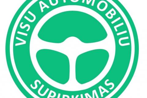 Superkame įvairios būklės automobilius
